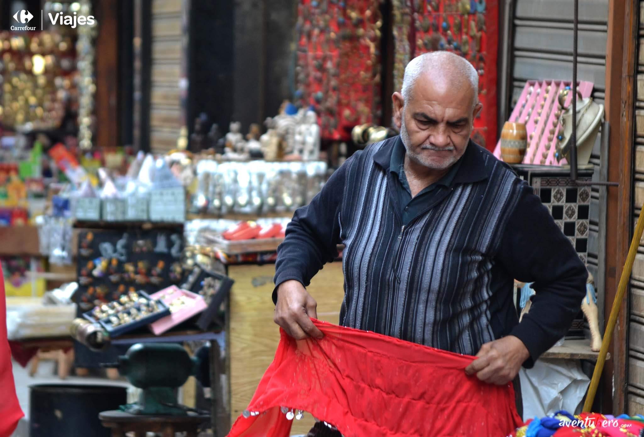 Artesano en el Bazar