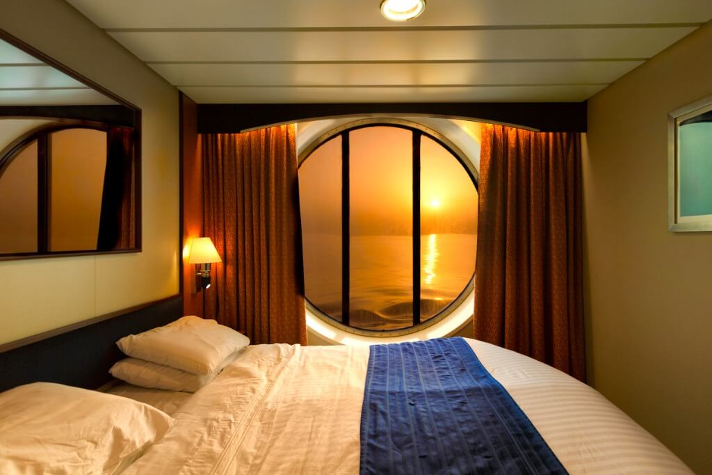 viaje en crucero, Atardecer desde el interior del camarote