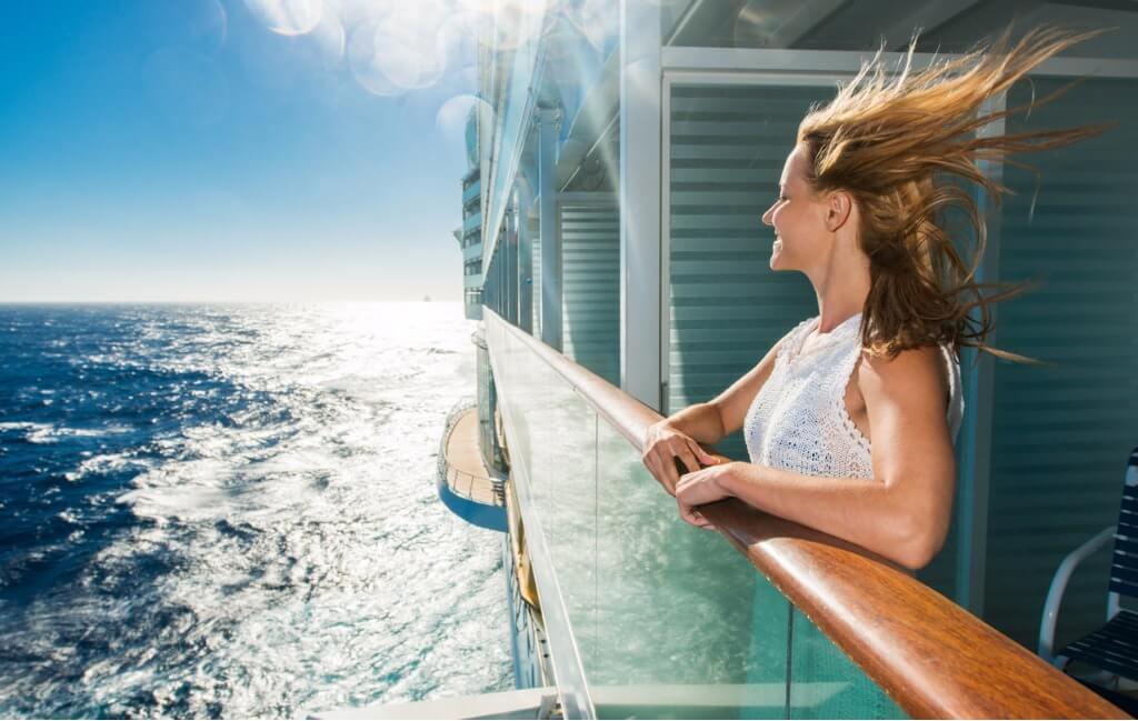 viaje en crucero, Chica en barco crucero