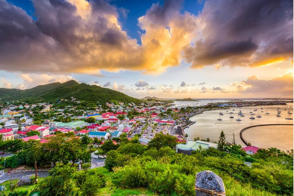 Vuelos al Caribe, Panorámica de la Isla Saint-Martin