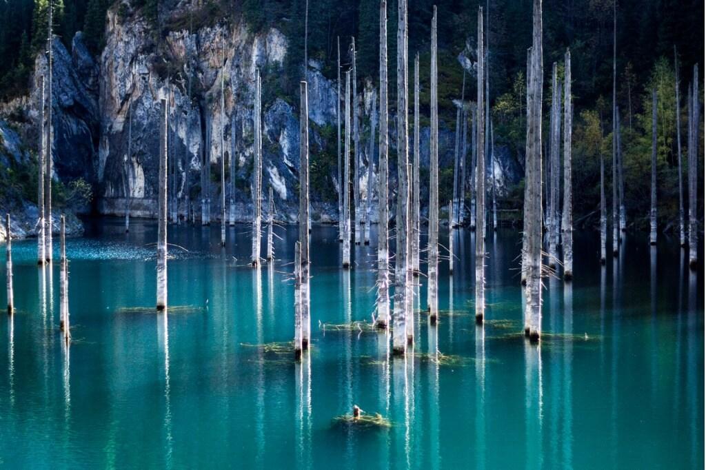 lugares mágicos, Lago Kaindy en Kazajistan
