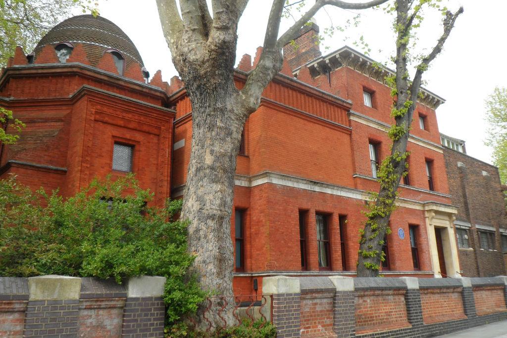Vuelo a Londres, Leighton House Museum