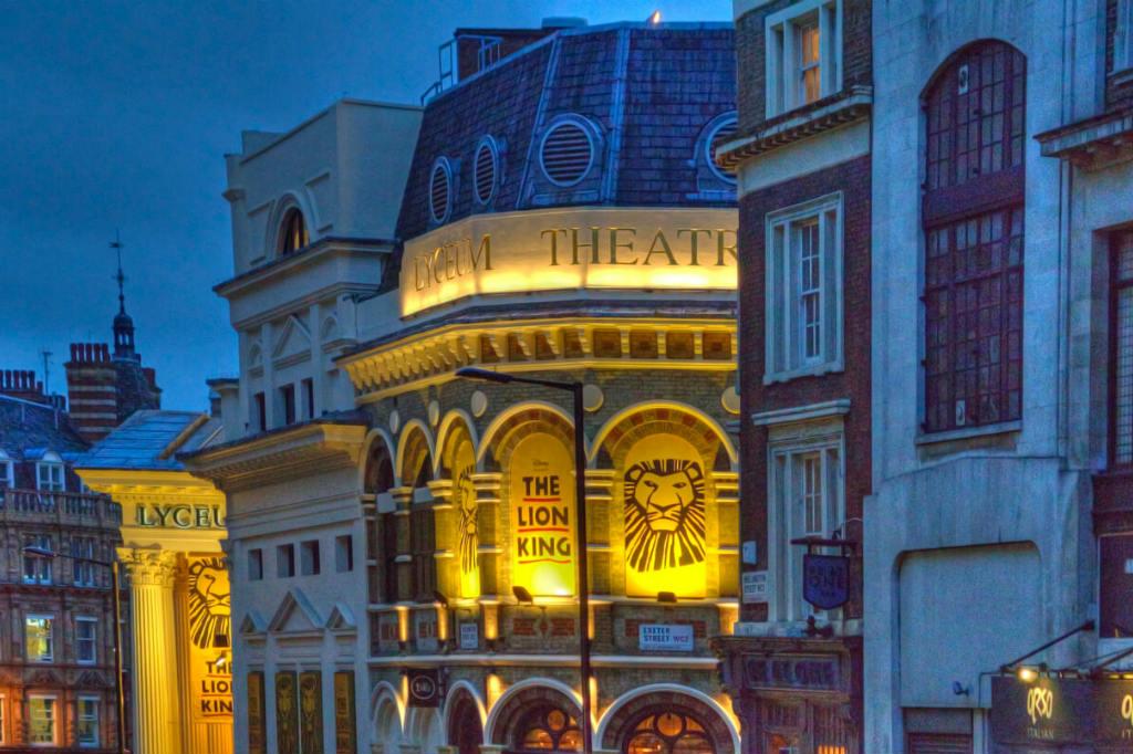 Vuelo a Londres, El Rey León: El Musical