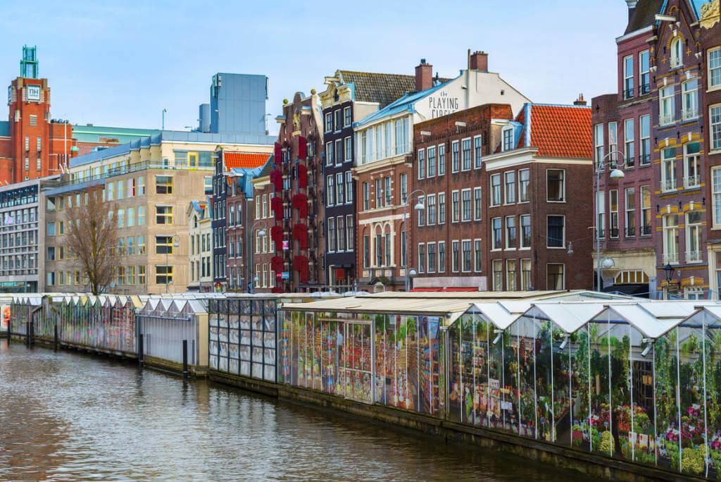 mercados por el mundo, Mercado de las flores en Amsterdam