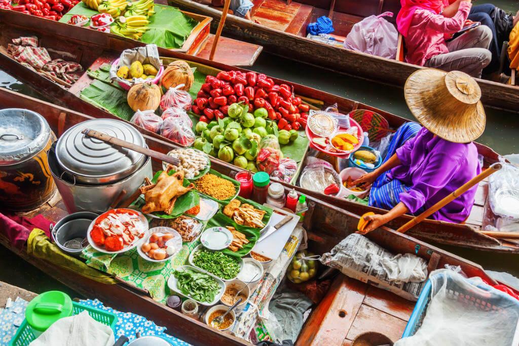 mercados por el mundo, Mercado Damnoen Saduak en Tailandia