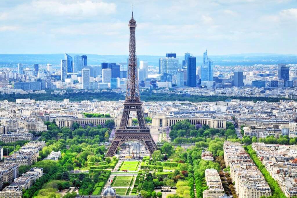 viaje a París, Vista de la torre Eiffel
