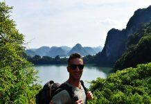 En las montanas de la Bahía de Halong
