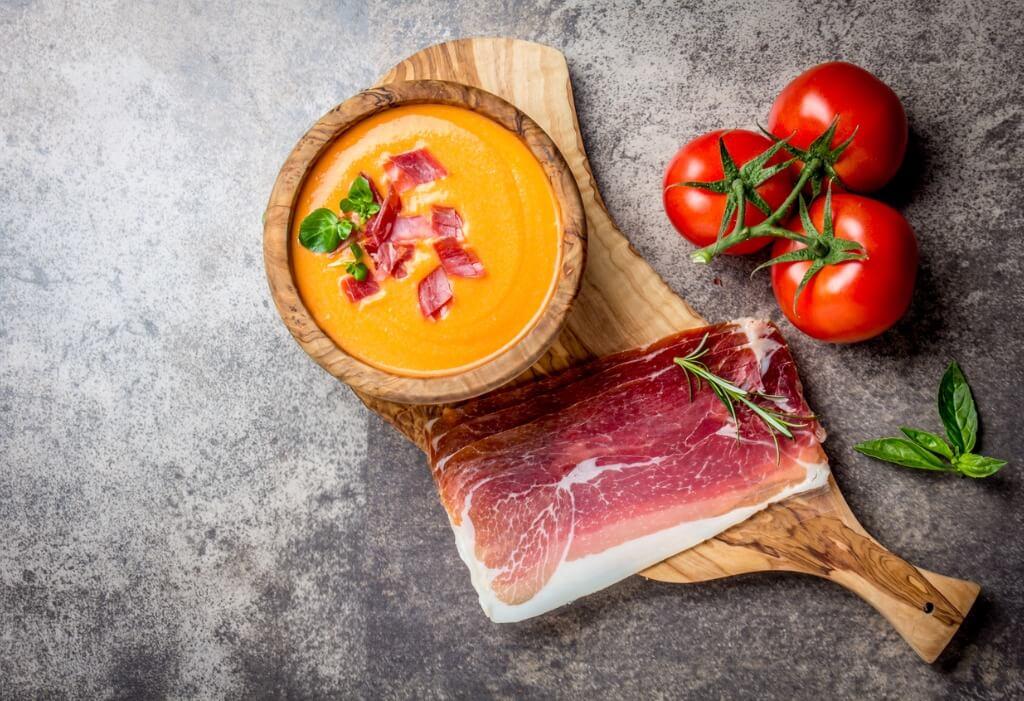 Córdoba, Salmorejo con  jamón Y tomates cherry