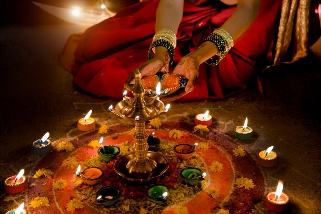 Festival de Diwali, Preparación velas