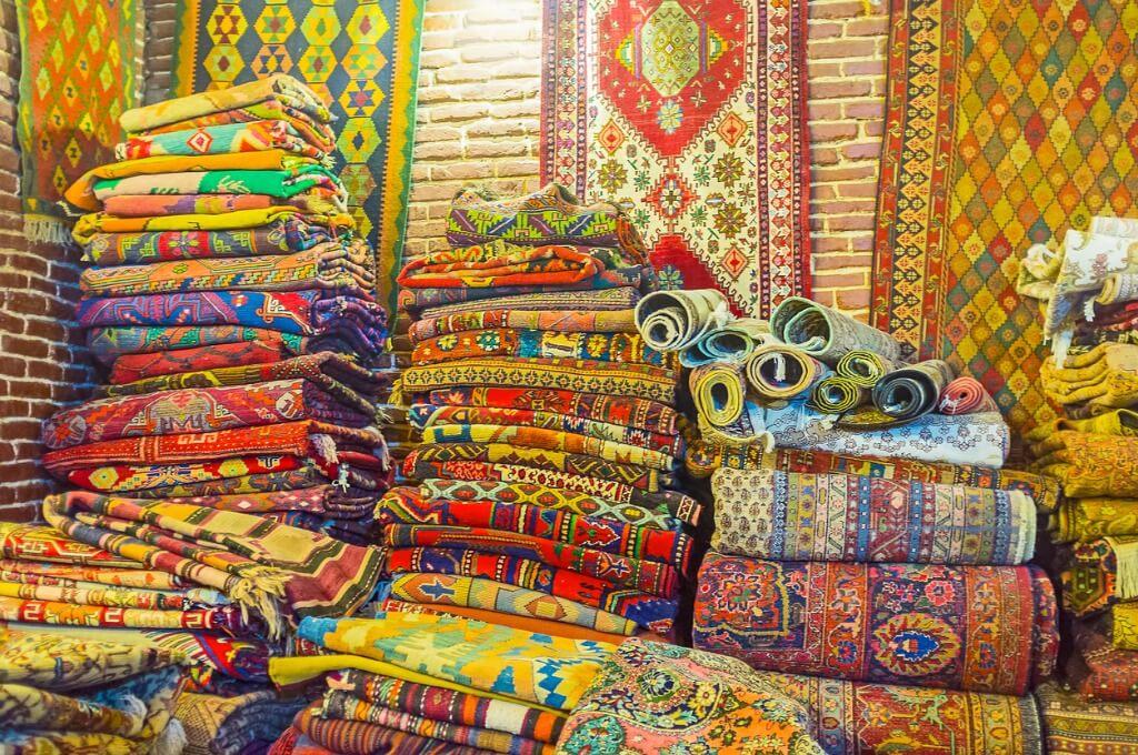 Tiflis, Mercado artesanía