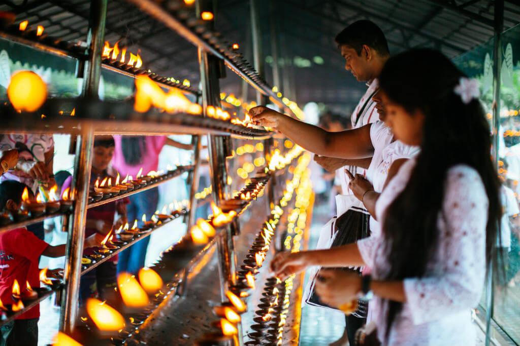 Festival de Diwali, Ofrendas