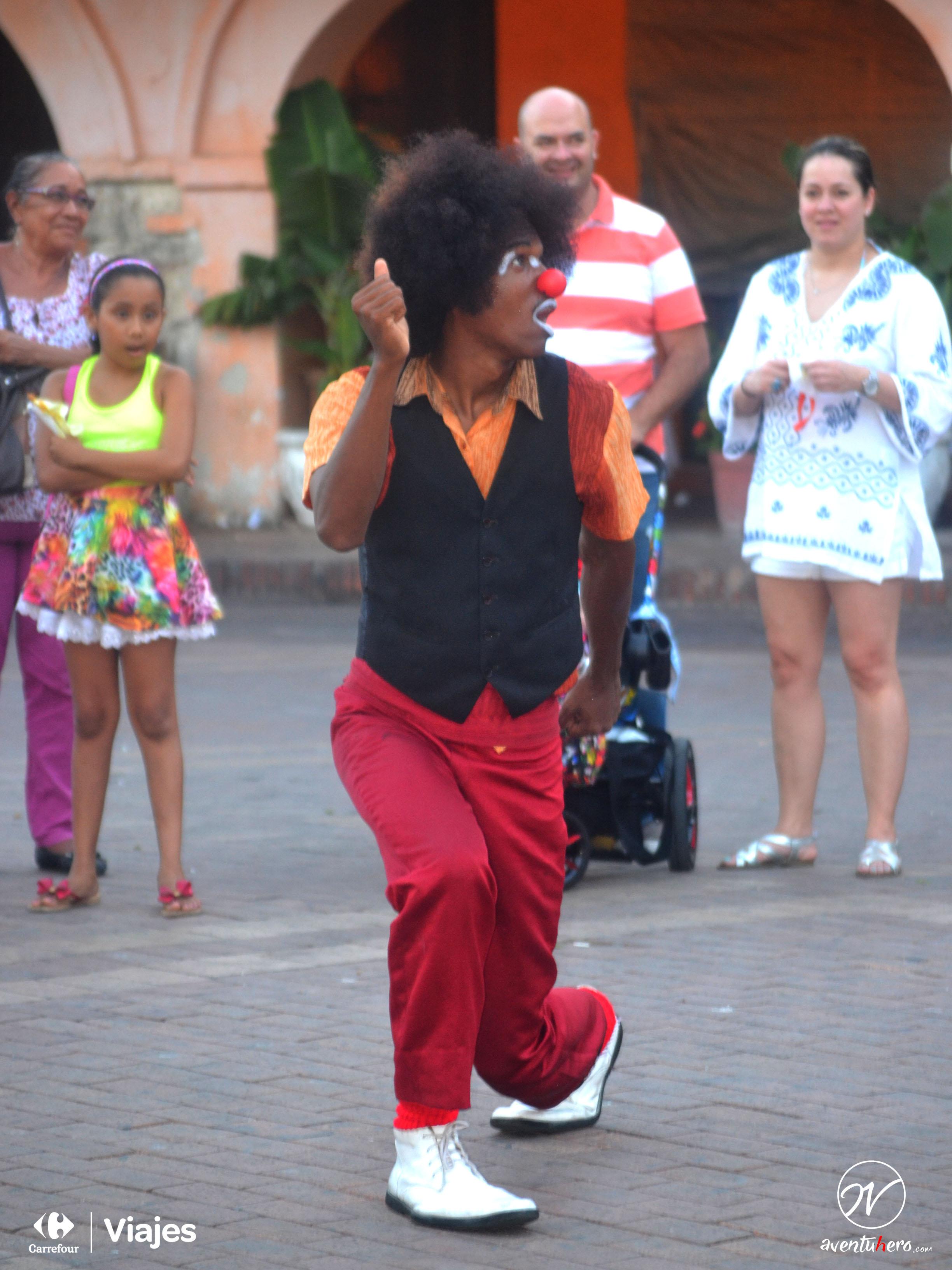 Payaso callejero en Cargena de Indias, Colombia