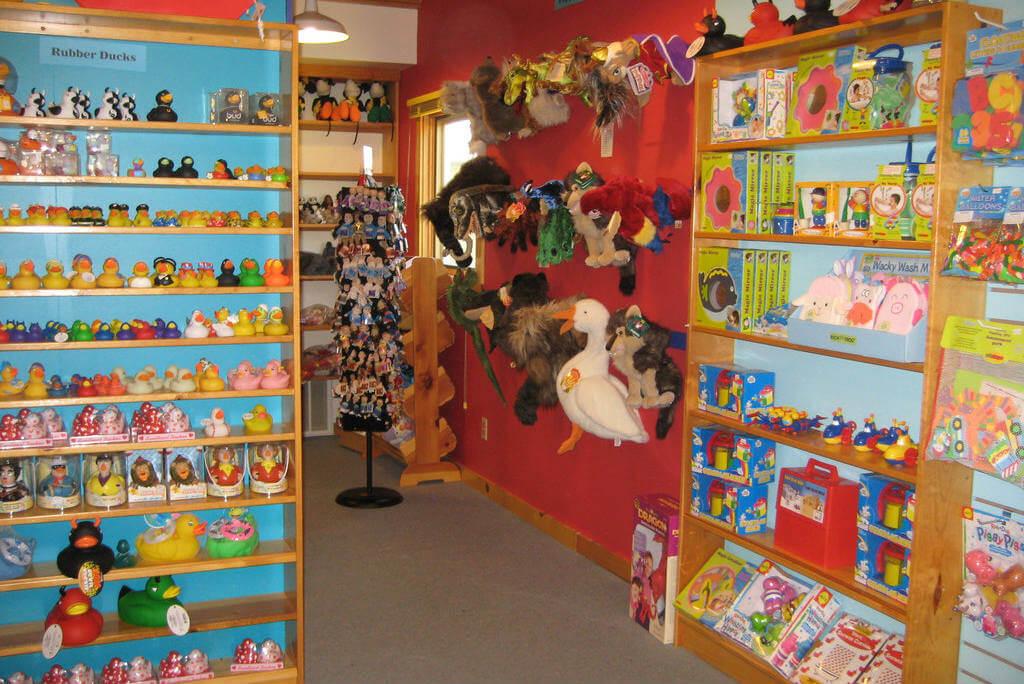 jugueterías, Lark Toys