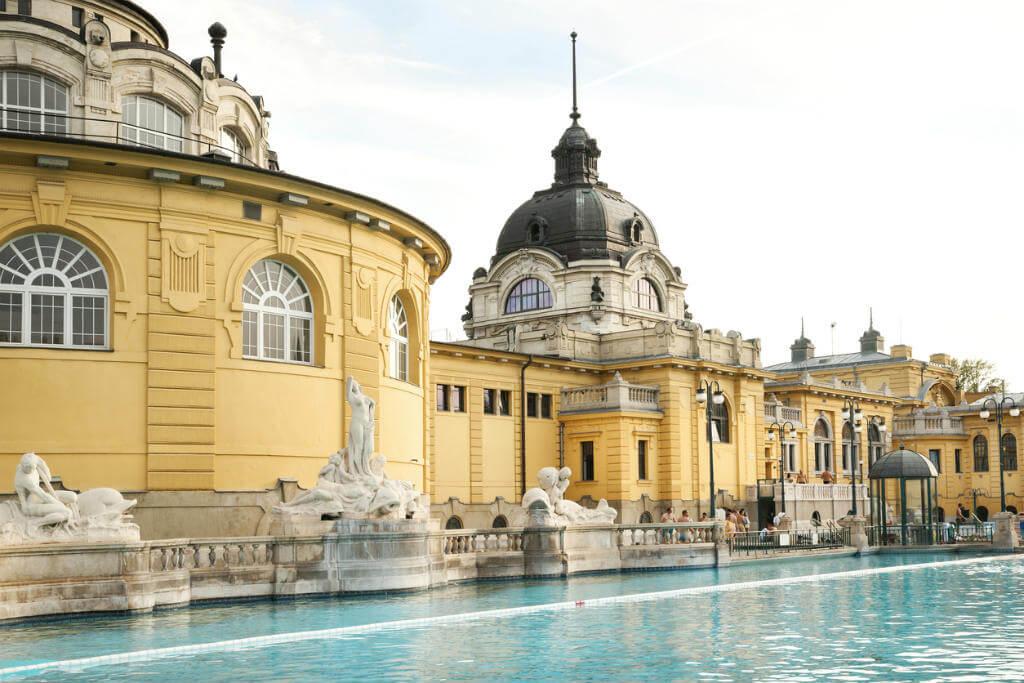 Crucero por el Danubio, Balneario Budapest
