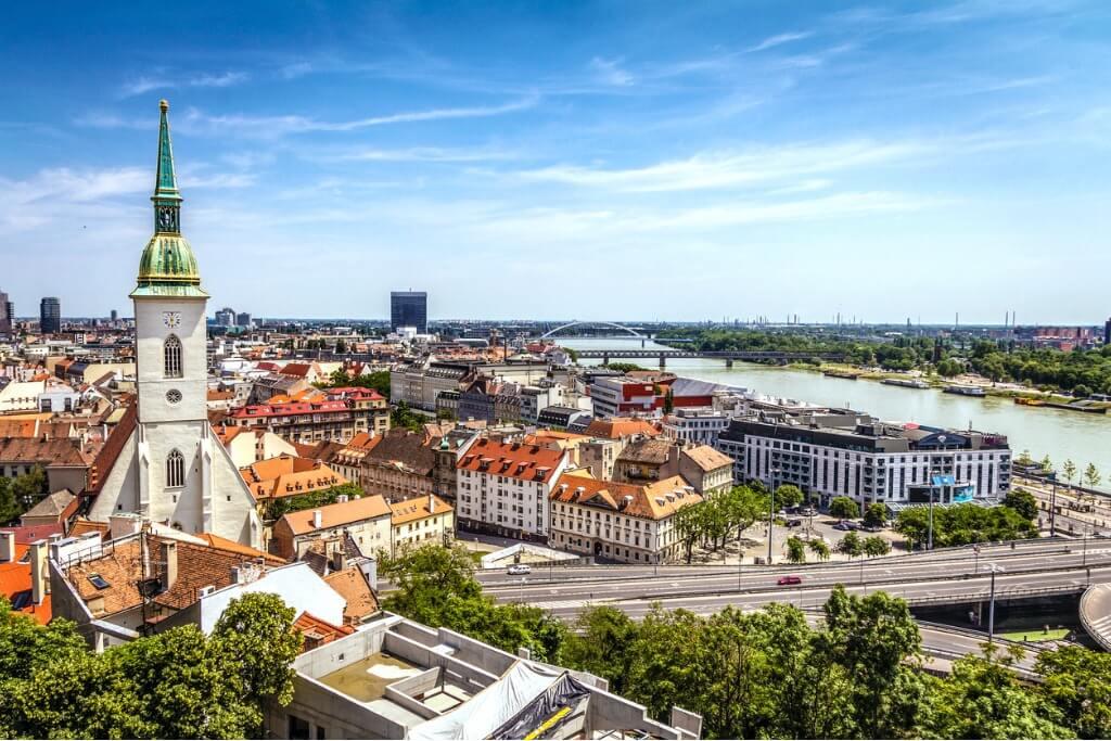 Crucero por el Danubio, Bratislava