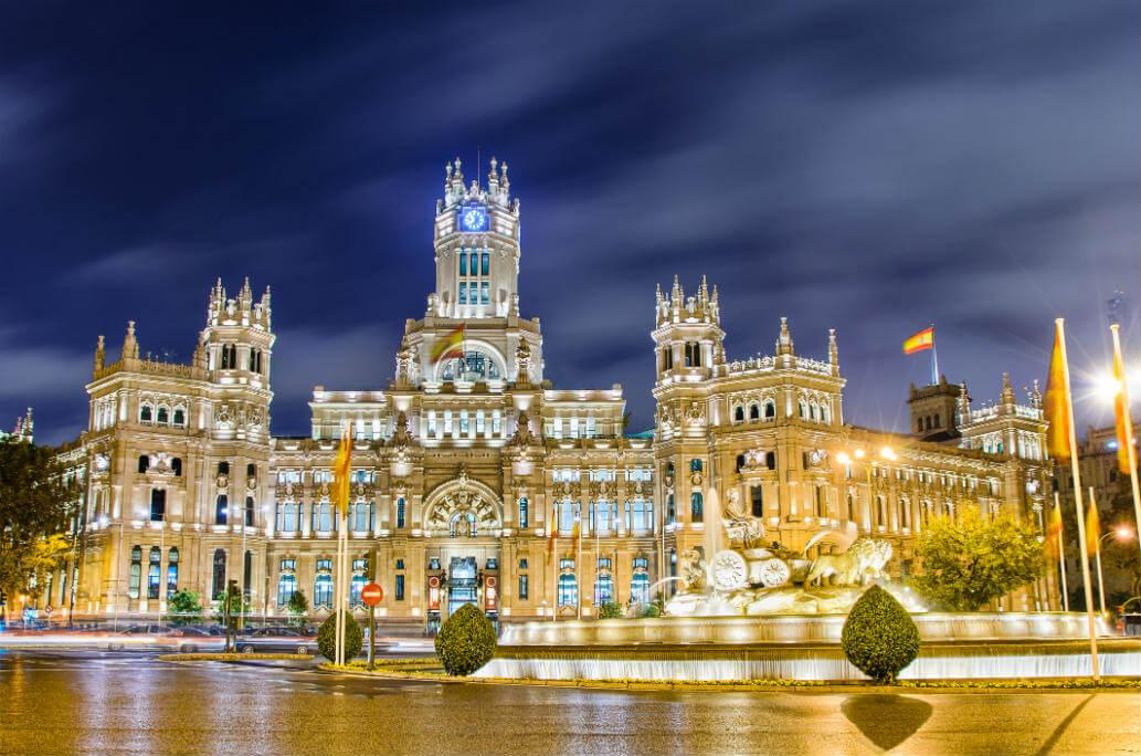 Planes baratos Madrid, Palacio de Telecomunicaciones