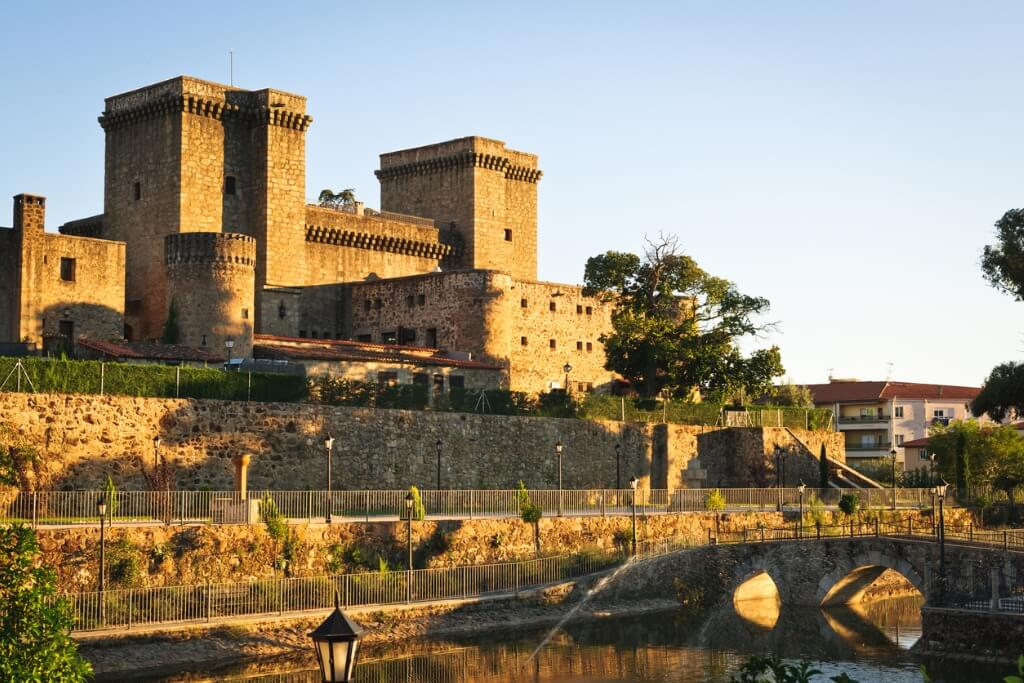 Rutas por España, Castillo de Jarandilla