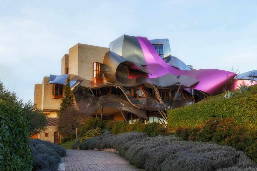 Viajar a La Rioja, Hotel Marqués de Riscal