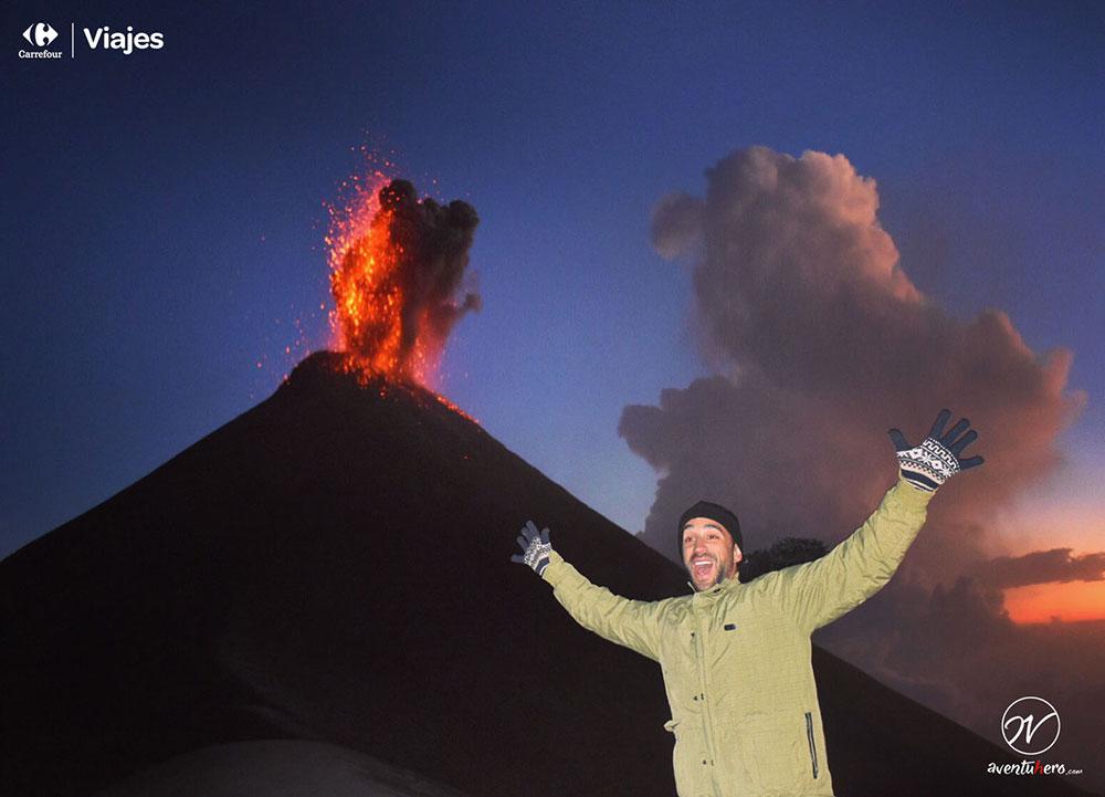 Aventuhero en Guatemala Explosión de Fuego