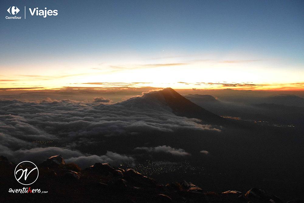 Aventuhero en Guatemala Mar de nubes