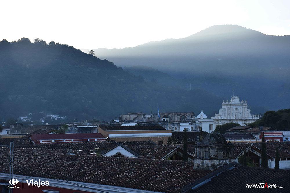 Aventuhero, Amanecer en Antigua