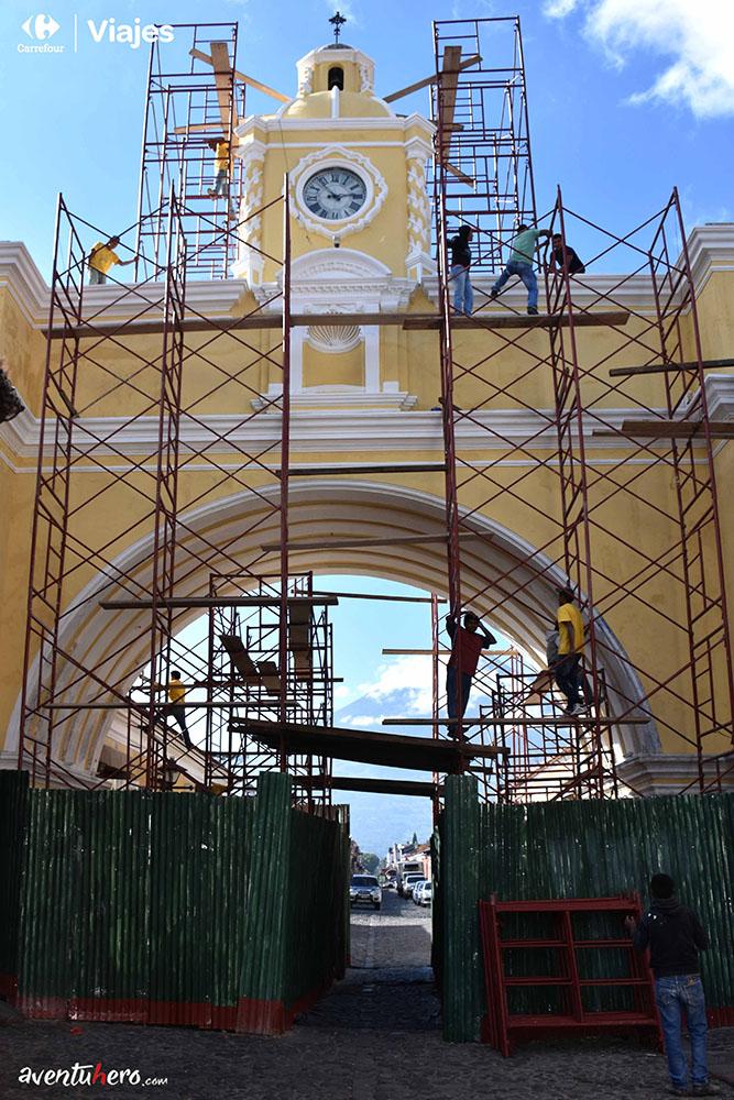 Aventuhero en Guatemala, Reloj