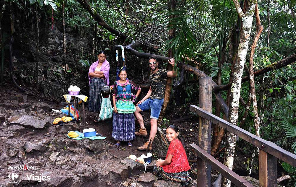 Aventuhero Guatemala Familia en Semuc Champey