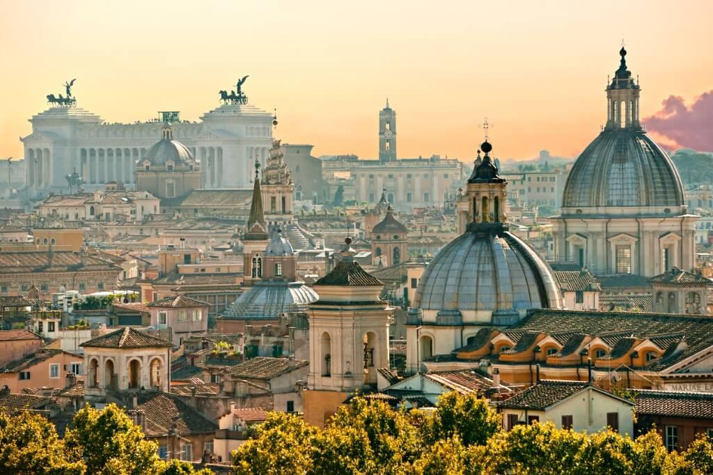 Italia en San Valentín, Panorámica de Roma