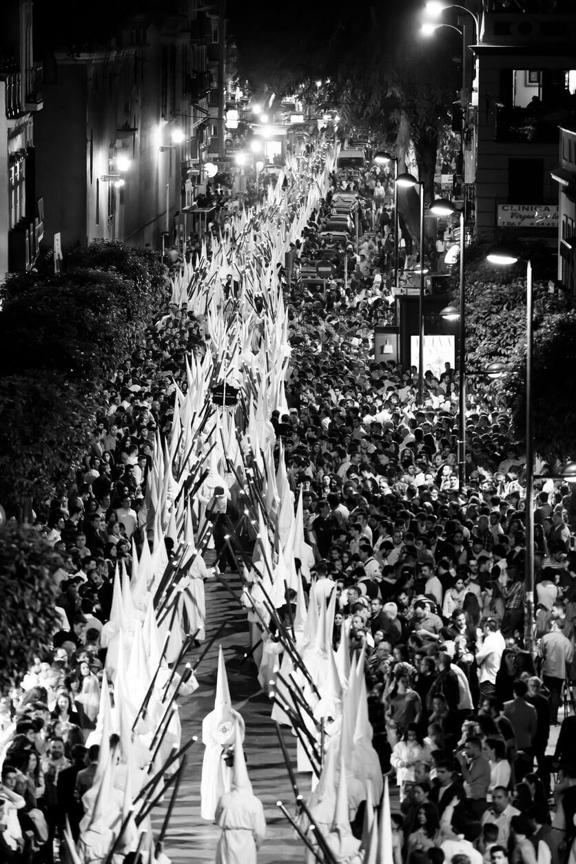 Procesión semana santa-en Sevilla Viajes Carrefour