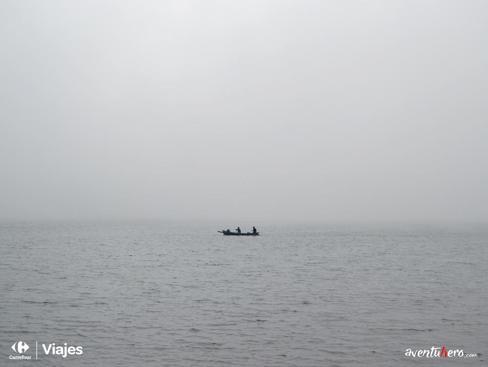 Barca en Ulun Danu Batur
