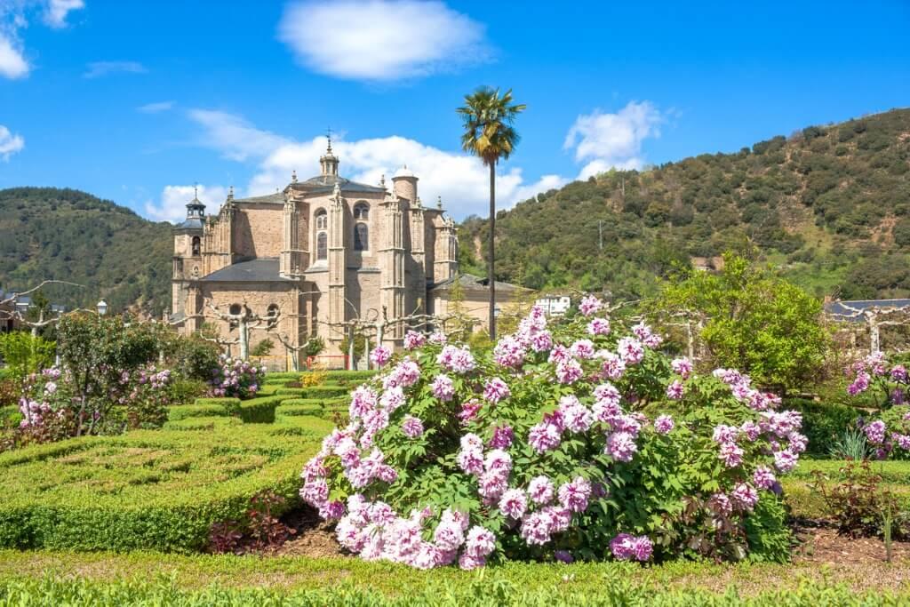 Destinos españoles poco conocidos, Villafranca del Bierzo