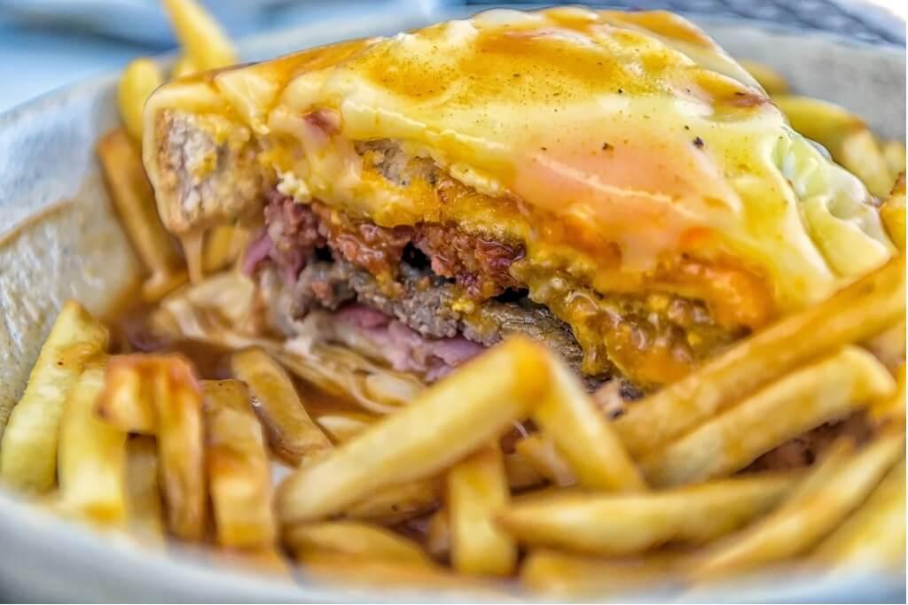Gastronomía portuguesa, Francesinha