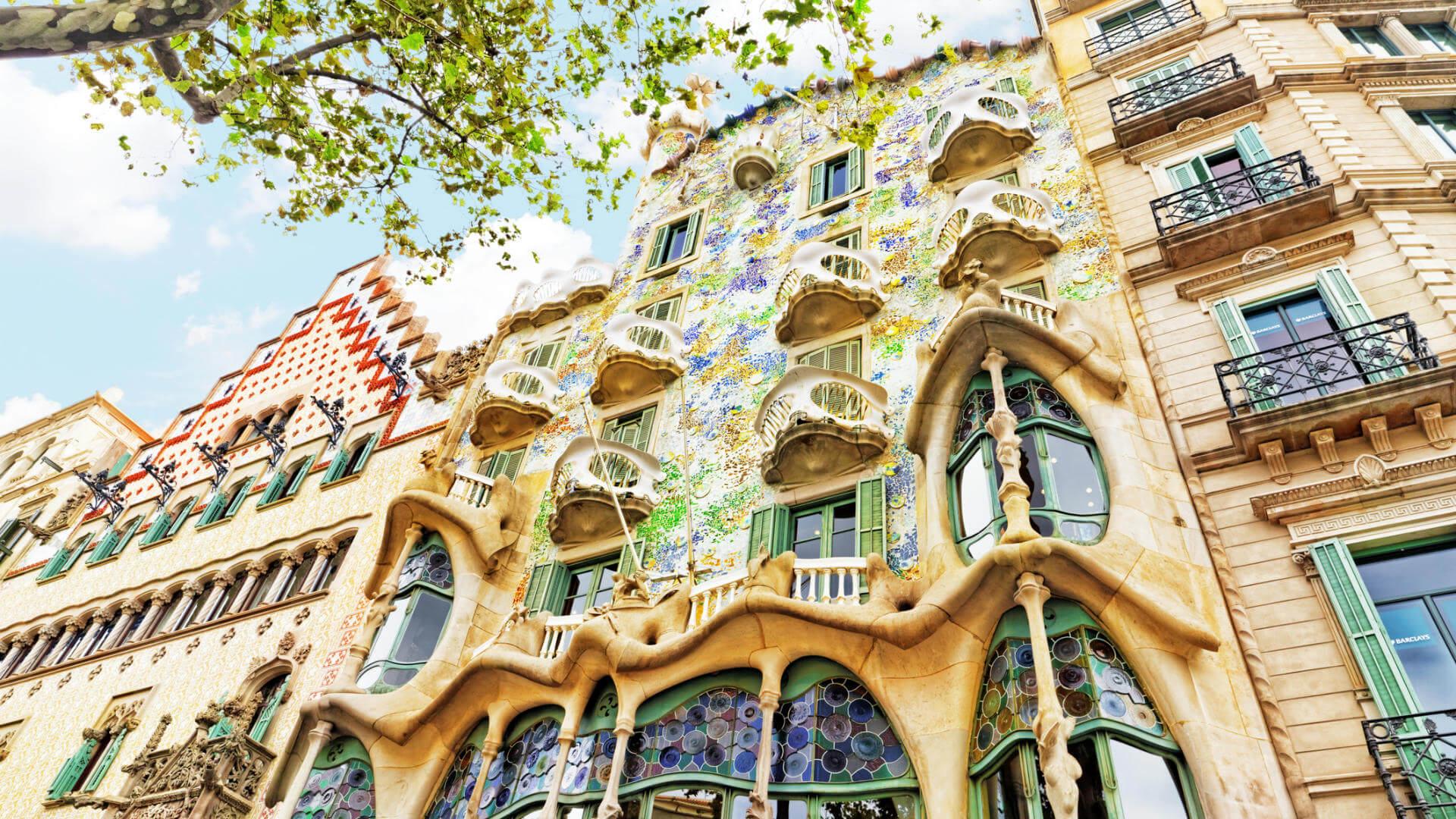 gaudi en barcelona balto