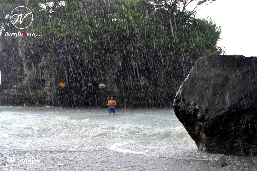 Ulu Watu se inunda