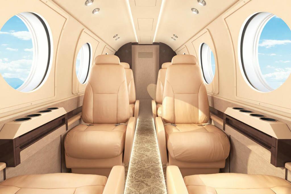Viajes en avión, Primer clase