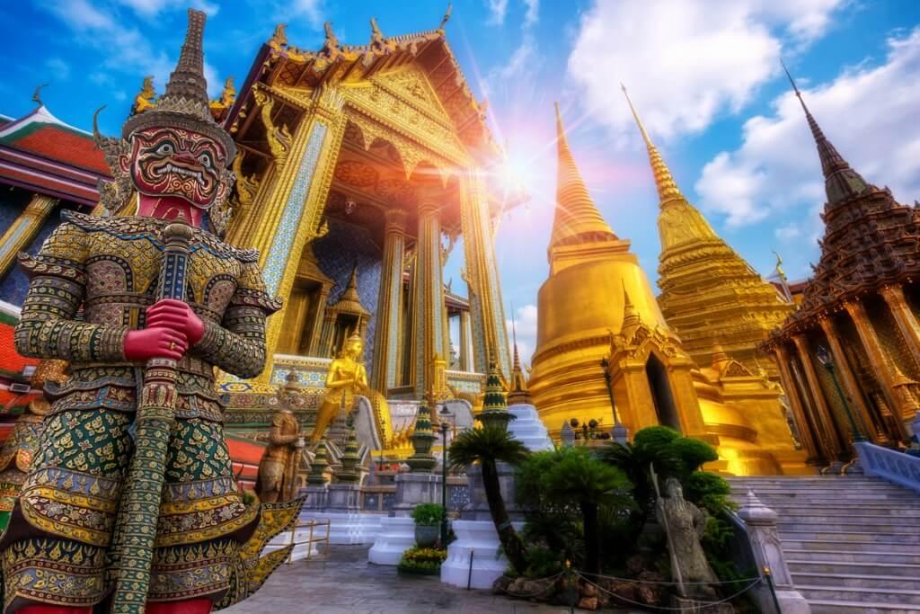 Vacaciones en Tailandia, Templo