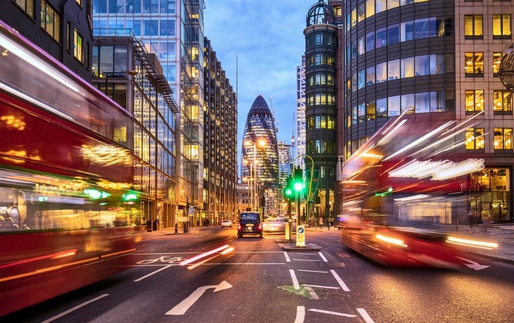 Viajar en Junio, Londres