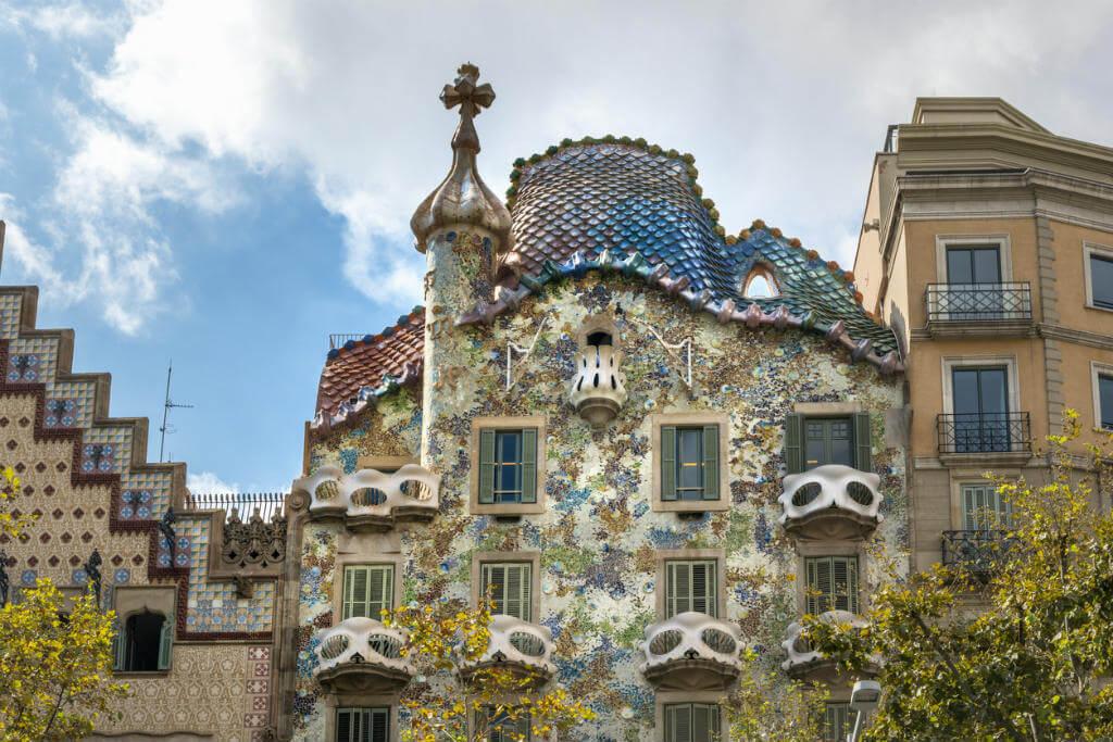 Edificios más raros de Europa, Casa Batllo