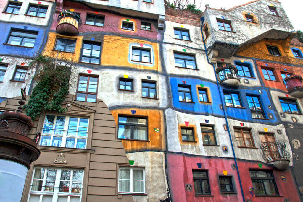 Edificios más raros de Europa, Hundertwasser
