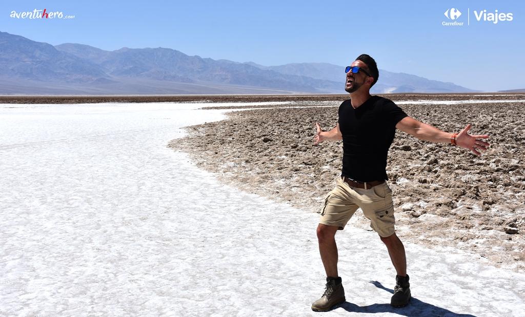 Aventuhero en el desierto Death Valley