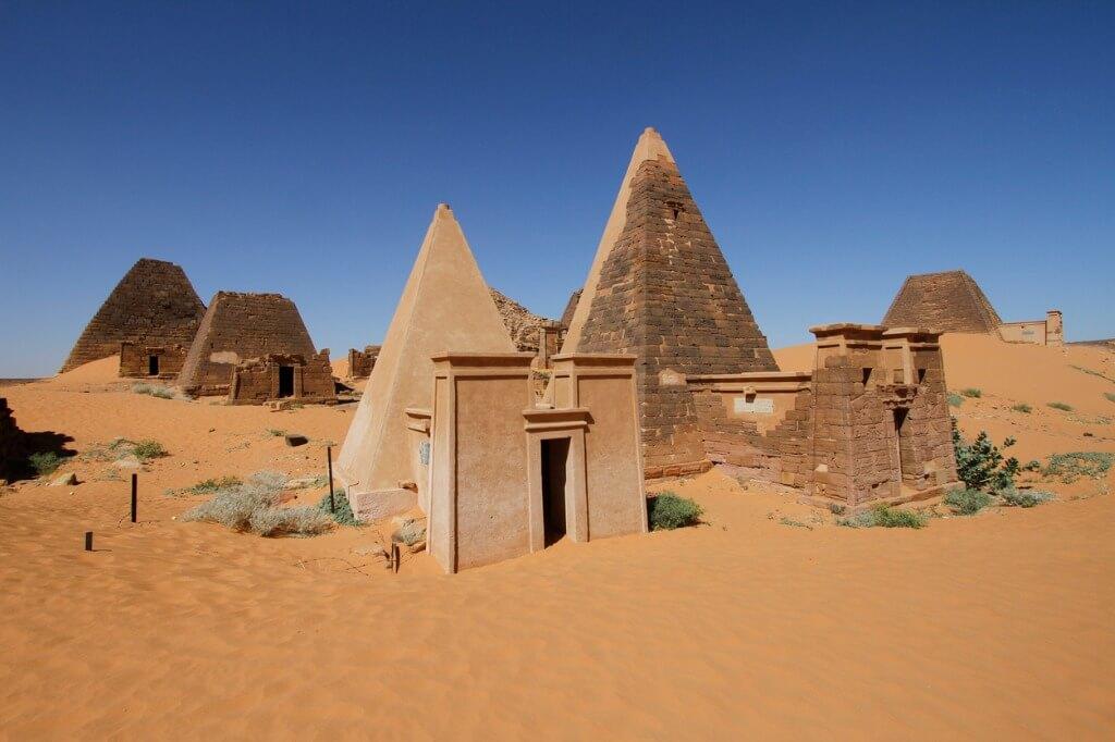 Pirámides Meroe