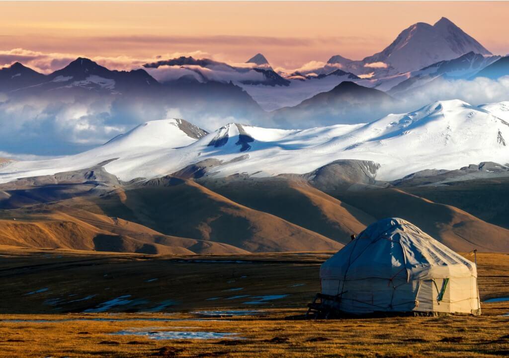 Tiendas nómadas, Yurt