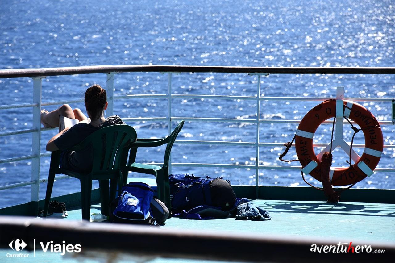 En el barco camino a grecia