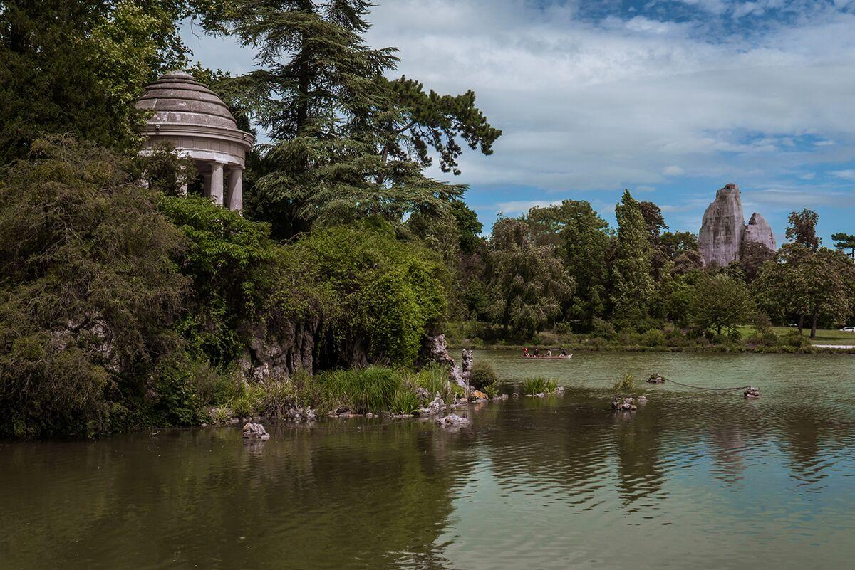 Preciosas vistas de un parque en Paris
