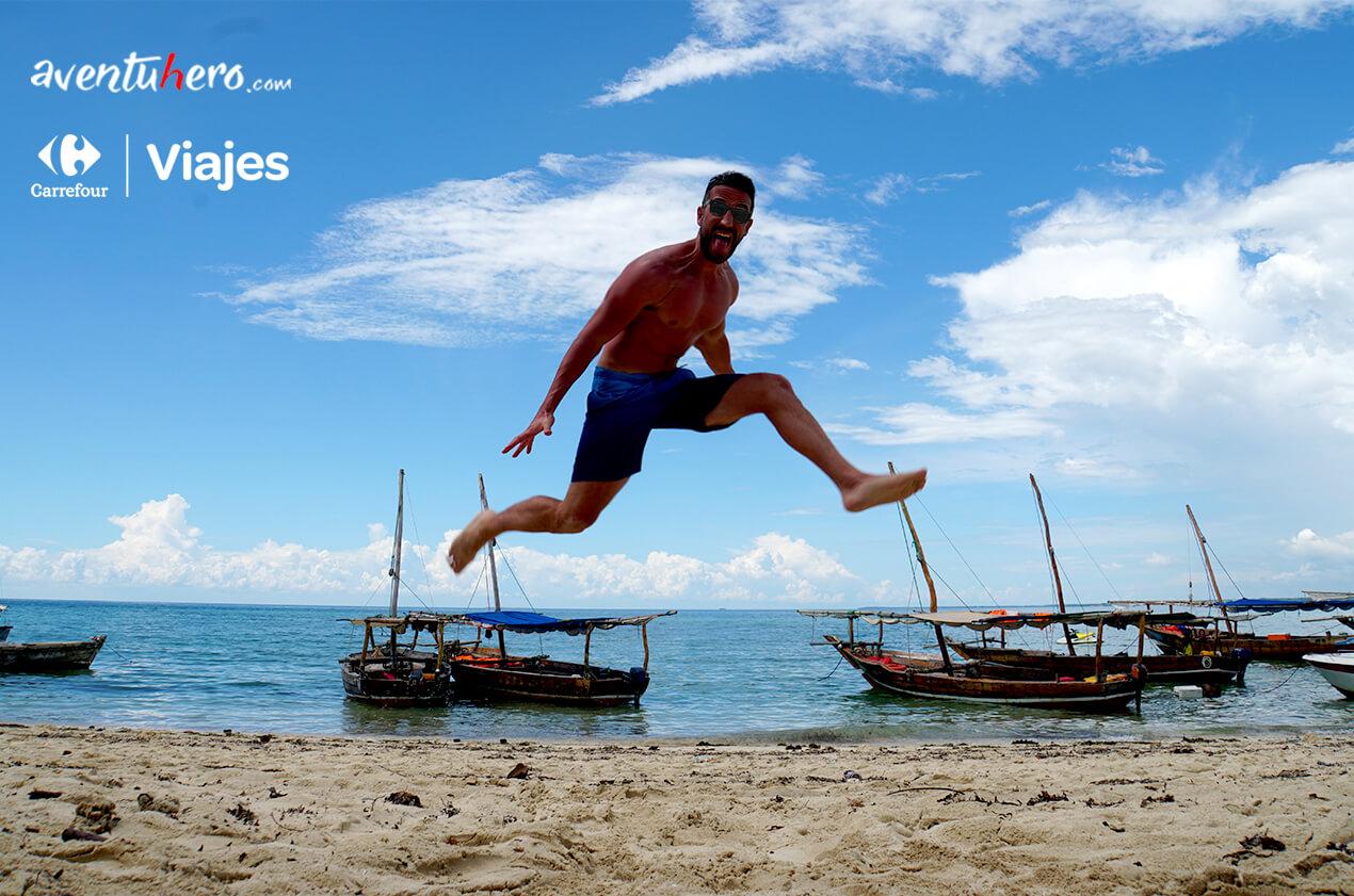 Aventuhero Salta en la playa de Zazíbar