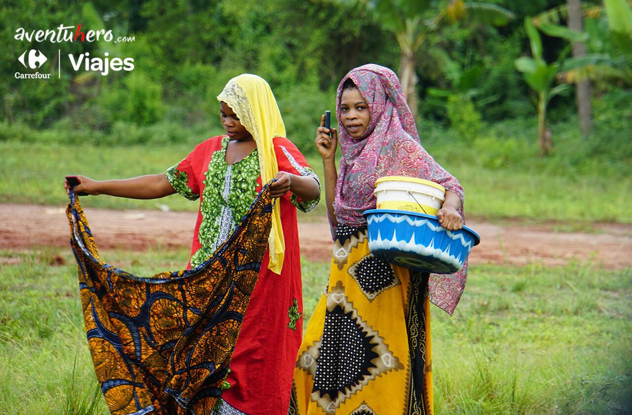 Mujeres de Poblado en Zanzíbar