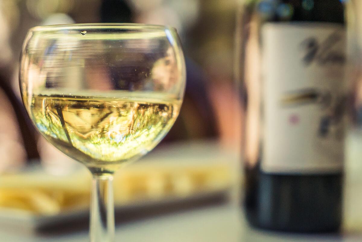 comida canaria 2 vino blanco