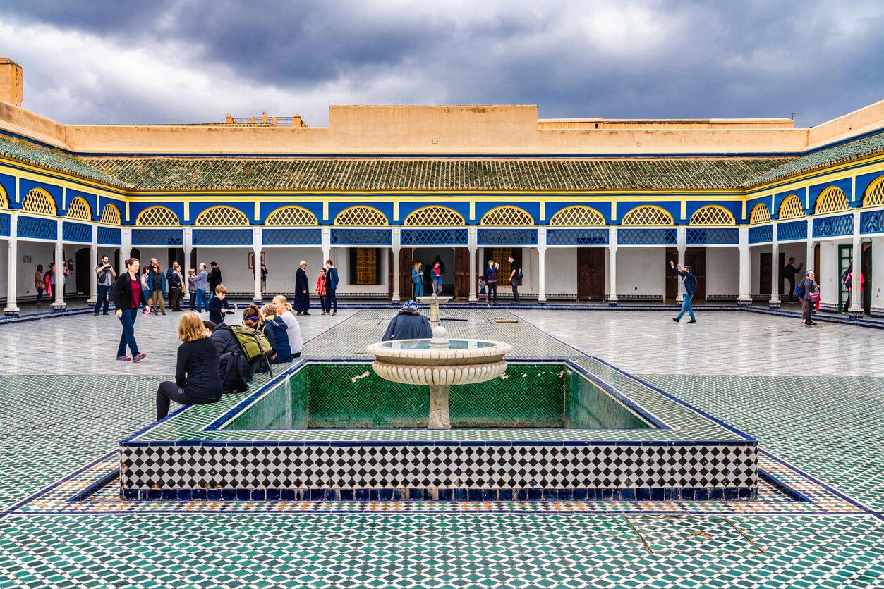 Hermoso patio en el Palacio Bahia en Marrakech