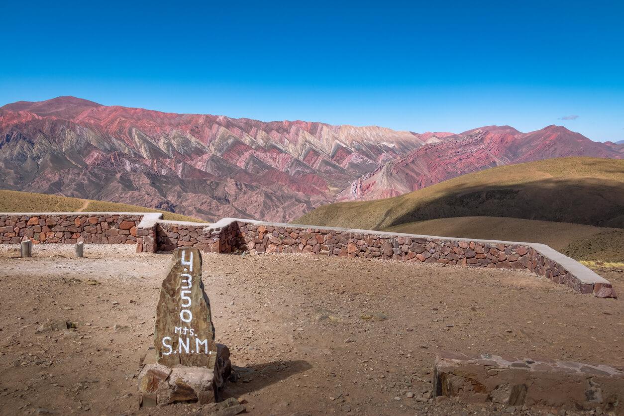 Serranía de Hornocal, el Cerro de catorce colores y altura firman en Quebrada de Humahuaca - Humahuaca, Jujuy, Argentina