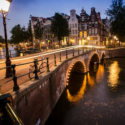 Guía Amsterdam, Canales Amsterdam